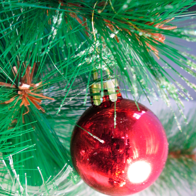How To String Mini Lights On A Christmas Tree : Lights.com Lit Decor String Lights Christmas Lights Urban Pre-Lit 32