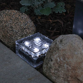 Frosted Glass Solar Brick Path Light, Cool White