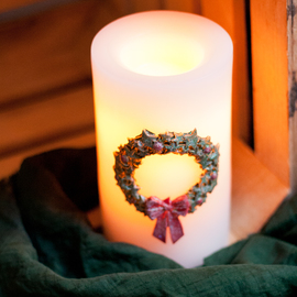 Star Berry Wreath Candle with timer