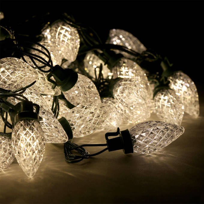 Lights.com Lit Decor String Lights Christmas Lights Warm White C7 Berry Bulb Battery ...