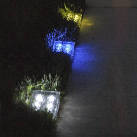 Iced Glass Medium Solar Brick Path Light