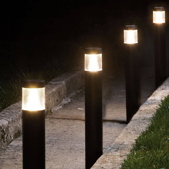 Warm White Connectable Plug-in Garden Light Columns, Set of 4