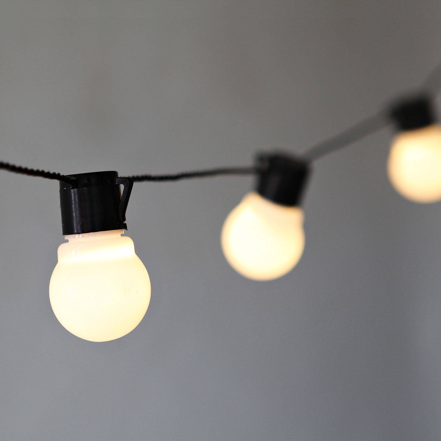 String Lights With No Plug : Lights.com String Lights Decorative String Lights White Globe Connectable Plug-in Festoon ...