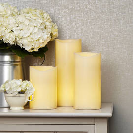 Double LED Large Flameless Ivory Wax Pillar Candles, Set with Remote