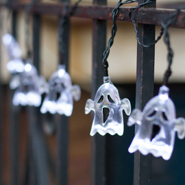 Ghost Battery String Lights, Strand of 10