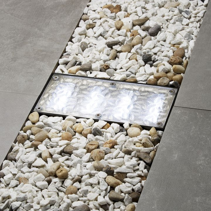 Iced 8x4 Solar Paver Light Cool White