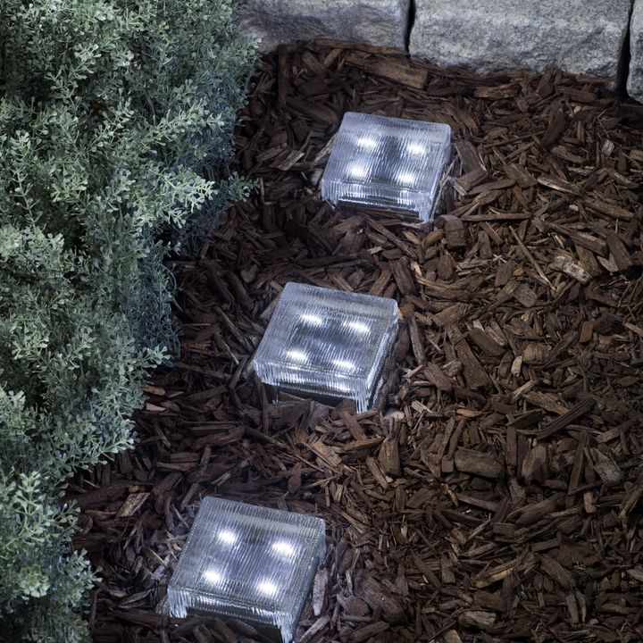 "Lined 4x4"" Solar Brick Light, Cool White"