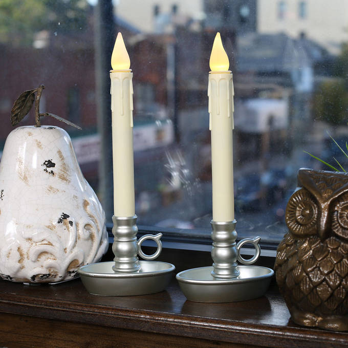 Flameless Candles Window